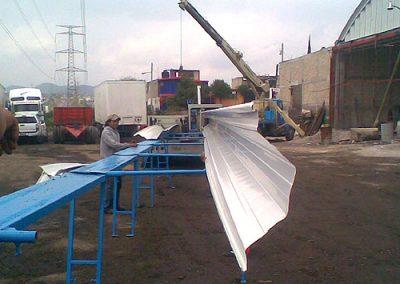 Construccion de techo autosoportante en cHAMAPA