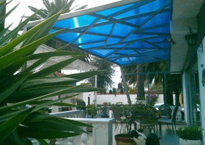 Instalación de techo curvo laminado en PINFRA en Ixtapaluca